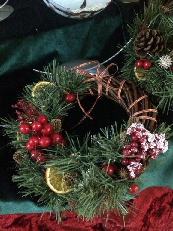 Międzypokoleniowe warsztaty ozdób bożonarodzeniowych