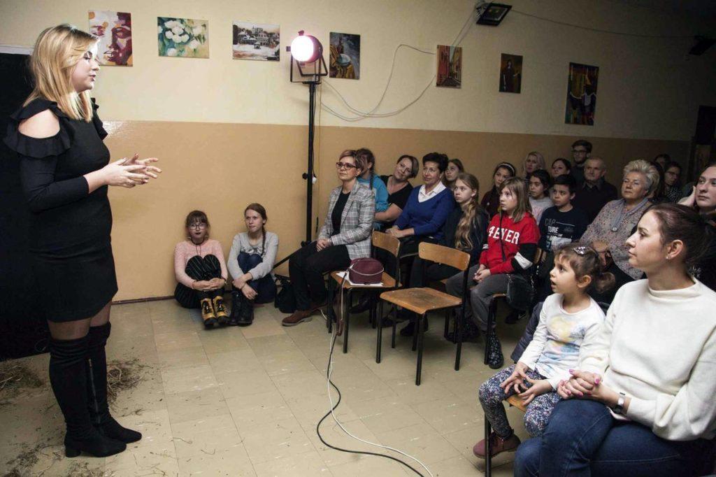 Teatr Kaprys oraz Dom Kultury w Łapach Jesienny wieczór z Melpomeną