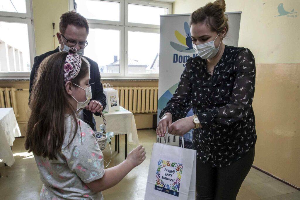 gminny konkurs ekologiczny Kreacja dla Ziemi wiktoria wnorowska
